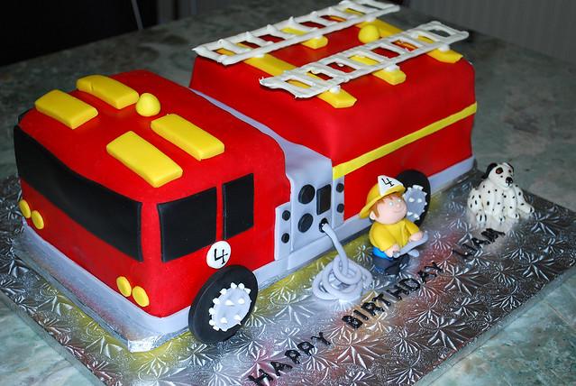 Fire Truck Cake Design : 2811654989_b71cf0bb4e_z.jpg