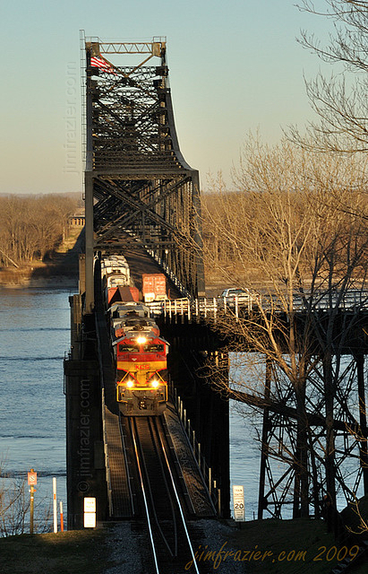 Kansas City Southern 4100 Eastbound Over the Mississippi River