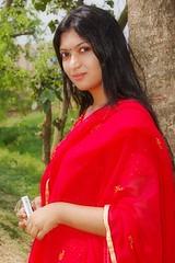 trunk, photo shoot, long hair, sari,