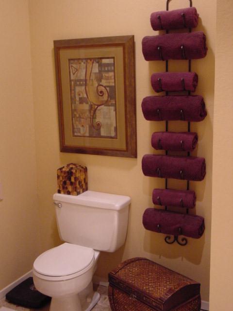 138 Master Bath with Wine Bottle Towel Rack