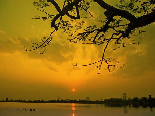 sky cloud sun india color nature water silhouette pond sunsets serene assam tones foreground naturesfinest sivasagar dutta bihu rituparno assamese mywinners aplusphoto rituparna llovemypics joysagar