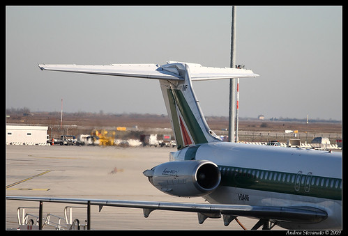 Alitalia MD-80 in accensione