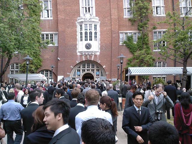 Academic dress – Graduation – Loughborough University