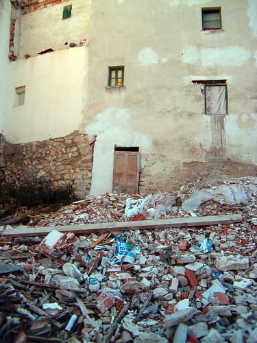 Escombros (otra no intervención)