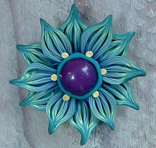 Summer Day Flower Pendant