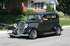 automobile, wheel, vehicle, hot rod, antique car, sedan, ford model b, model 18, & model 40, vintage car, land vehicle, luxury vehicle, motor vehicle,