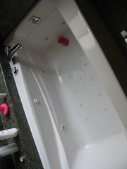 jacuzzi, bathtub, plumbing fixture,