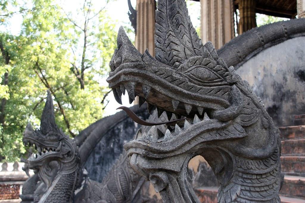 Nagas, Vientiane