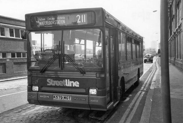 211 Bus by J&LittleHouse