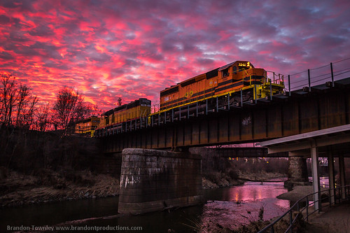 railroad bridge sunset sky reflection clouds river railway trains railfan ohiocentral brandontownley