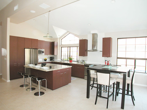 Cleaning granite countertops, Contemporary Kitchen