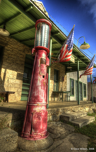 texas tx gas gasstation explore driftwood hdr fuel petrolstation fillingstation photomatix cooliris opencamp top20texas aluminarte