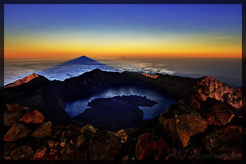 blue shadow sky bali cloud sunrise trek indonesia landscape volcano view summit hd lombok hdr mountian cs3 rinjani photomatix colourartaward goldenvisions rtwoverland salmalas