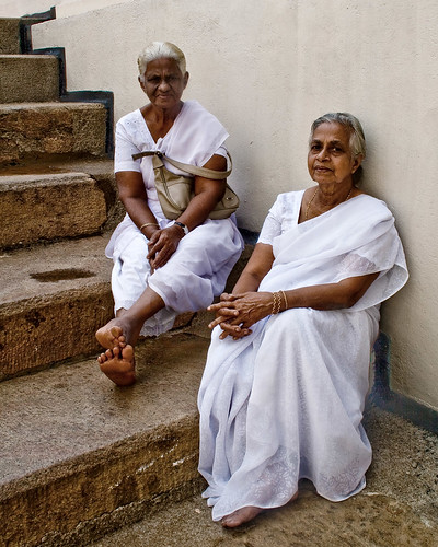 portrait woman white colour female canon tooth temple women faces duo pair srilanka seated sari kandy sacredtooth
