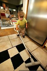 kindergartener supervising infant labor    MG 1339