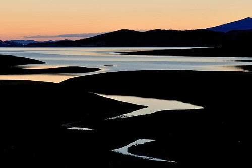 sunset lake nature water river dark greek nikon dam greece soe earthly d300 τέχνη limni ελλάδα plastira karditsa fragma νερό motines σούρουπο λάρισα greekphotographers ποτάμι goldstaraward σκοτεινόσ megdova έλληνεσφωτογράφοι