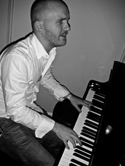 musician, white, pianist, piano, musical keyboard, musical instrument, music, jazz pianist, monochrome photography, monochrome, black-and-white, person, black,