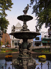 Bowling Green Fountain Square Fountain 1