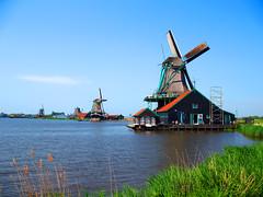 Traditional-Windmills-Holland