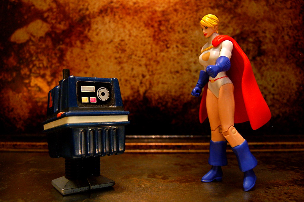Power Droid vs. Power Girl (115/365)