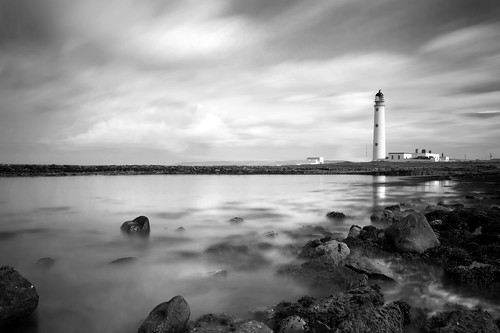 Moody Barns Ness Lighthouse- Explored!