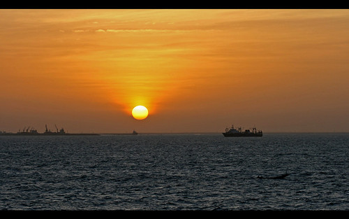 africa silhouette sunrise canon ship mauritania nouakchott canoneos30d photowithastory canonef80200mmf28l