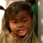 Smiling Kid - Annapurna Circuit, Nepal