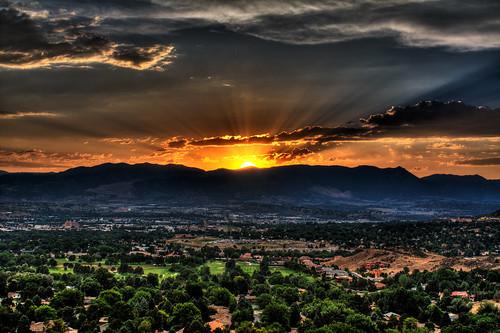 sunset mountain canon colorado coloradosprings frontrange hdr palmerpark photomatix anawesomeshot aplusphoto canondigitalrebelxsi