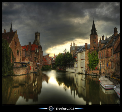 sunset sky autostitch panorama reflection water clouds photoshop canon rebel belgium belgique tripod brugge belgië sigma medieval chapeau tips bruges remote 1020mm erlend hdr belfort cs3 belfrey blueribbonwinner 3xp firstquality photomatix rozenhoedkaai tonemapped tonemapping xti 400d abigfave reie infinestyle erroba robaye erlendrobaye davincitouch