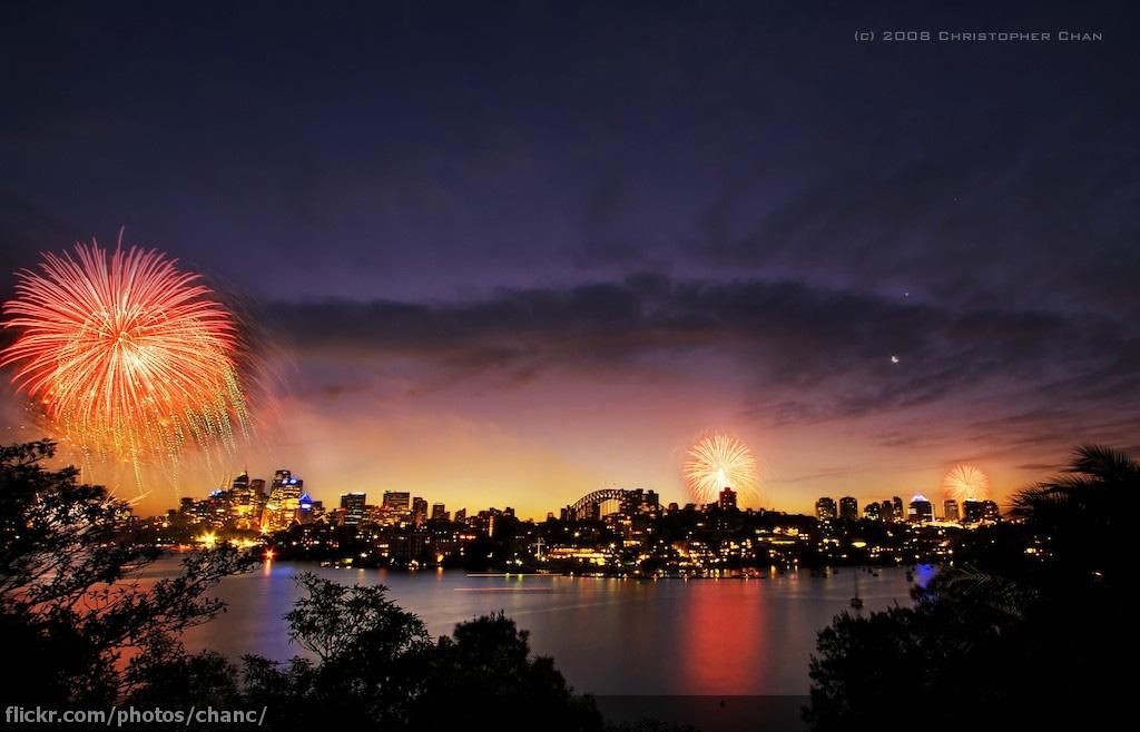 Sydney New Years Eve Fireworks 2008 (#1)