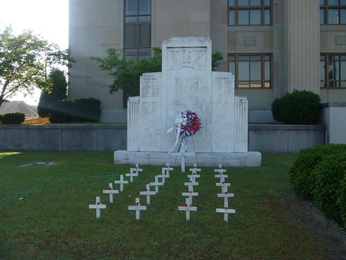 crosses northcarolina courthouse wwiimemorial kinston wwimemorial lenoircounty