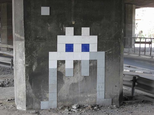 Space Invader in Bangkok, Khlong Toei