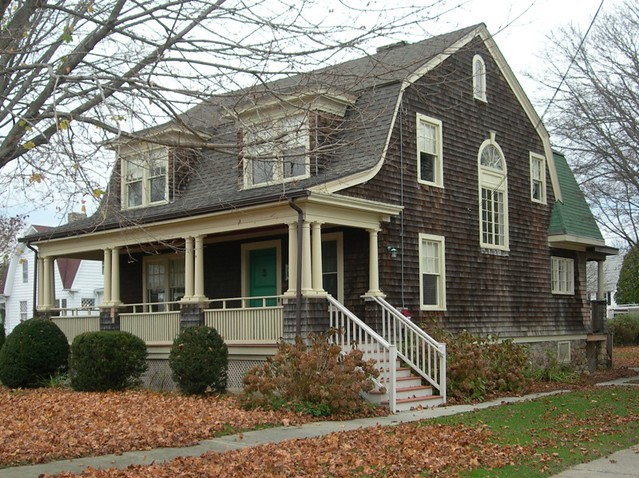 Gambrel Style Houses A Gallery On Flickr
