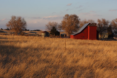 red field barn colorado elbert settingsun