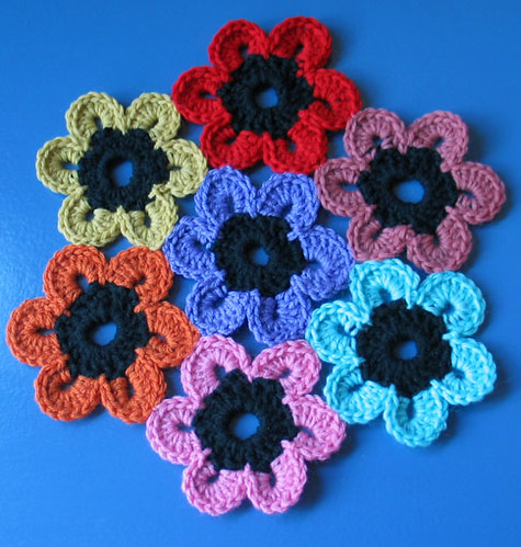 Crochet Pattern Central - Free Table Runner Crochet Pattern Link