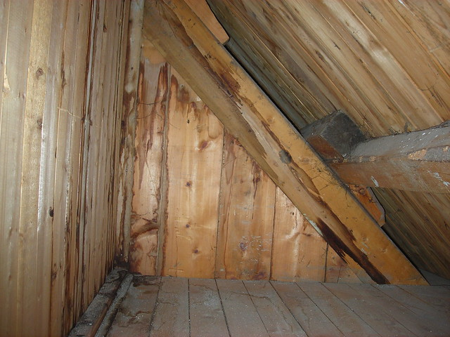 7 Problems To Consider When Adding An Attic Bathroom