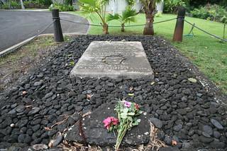 Image of Royal Mausoleum of Hawaii near Honolulu. hawaii oahu kamehameha chapel mausoleum monarch crypt princekuhio johnyoung fragranthills alohaoe queenemma royalmausoleum kingdomofhawaii bernicepauahibishop mauna'ala nu'uanuvalley lili'uokalani na'earooke kalakauacrypt robertwyllie