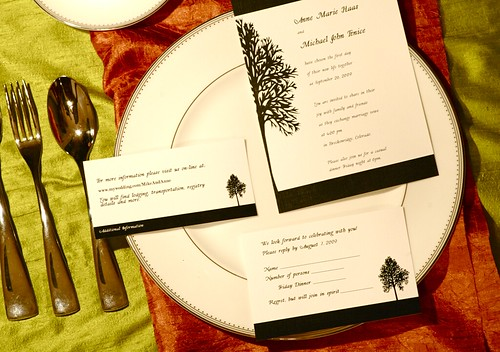 Red Bumble Bee :: Tree Invitation Set