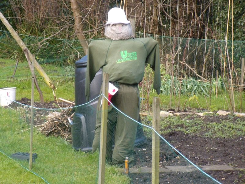 Shere scarecrow Guildford to Gomshall