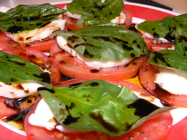 Tomatoes, Mozzarella, Basil, Olive oil, Balsamic Vinegar | Flickr ...