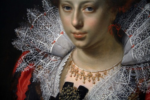 Lady with a necklace
