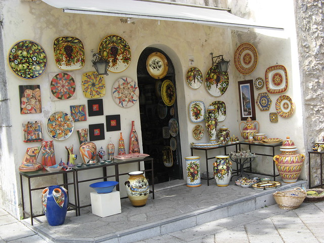 shopping in italy pottery