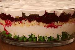 Seven-layer salad :) / Kihiline peedi-juustusalat