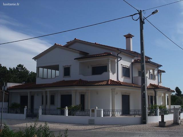 grosse maison au portugal flickr photo sharing. Black Bedroom Furniture Sets. Home Design Ideas