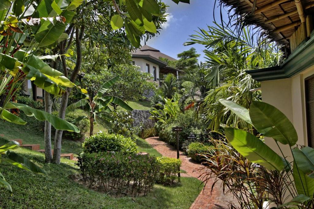 Phuket Resort, Phuket Hotel, Golden Tulip Mangosteen Boutique Resort and Ayurveda Spa