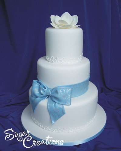 wedding cake with bow on top blue bow wedding cake june 2007 by rebeccasutterby 26835