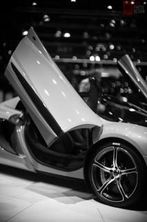 Geneva-2014-McLaren-01