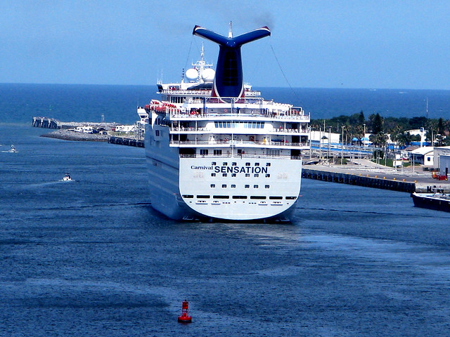Carnival Sensation | Flickr - Photo Sharing! Tom Cruise