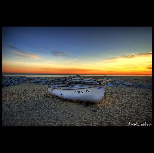 sunset marina mar nikon barca sigma catalonia catalunya 1020 hdr mataro catalogne capvespre elmaresme flickrsbest d40x goldstaraward multimegashot thedavincitouch