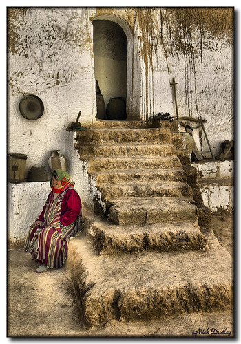 stairs tunisia steps cultures escaleras antiquity villagelife doorswindows bigmomma blueribbonwinner 15challengeswinner thechallengefactory vanagram mickeydud storybookwinner